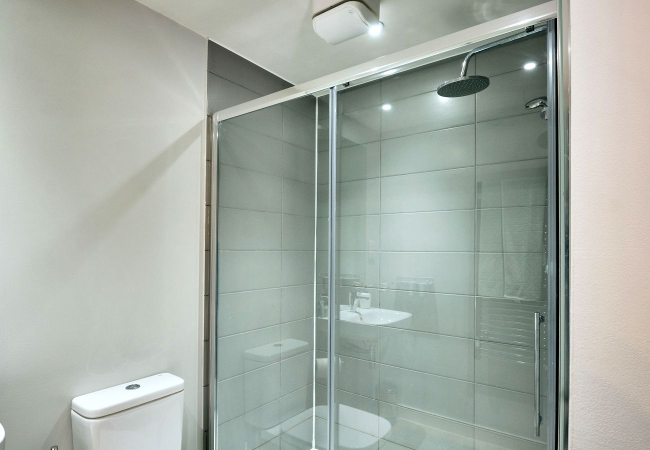 Professionally Cleaned and Sanitised Bathroom