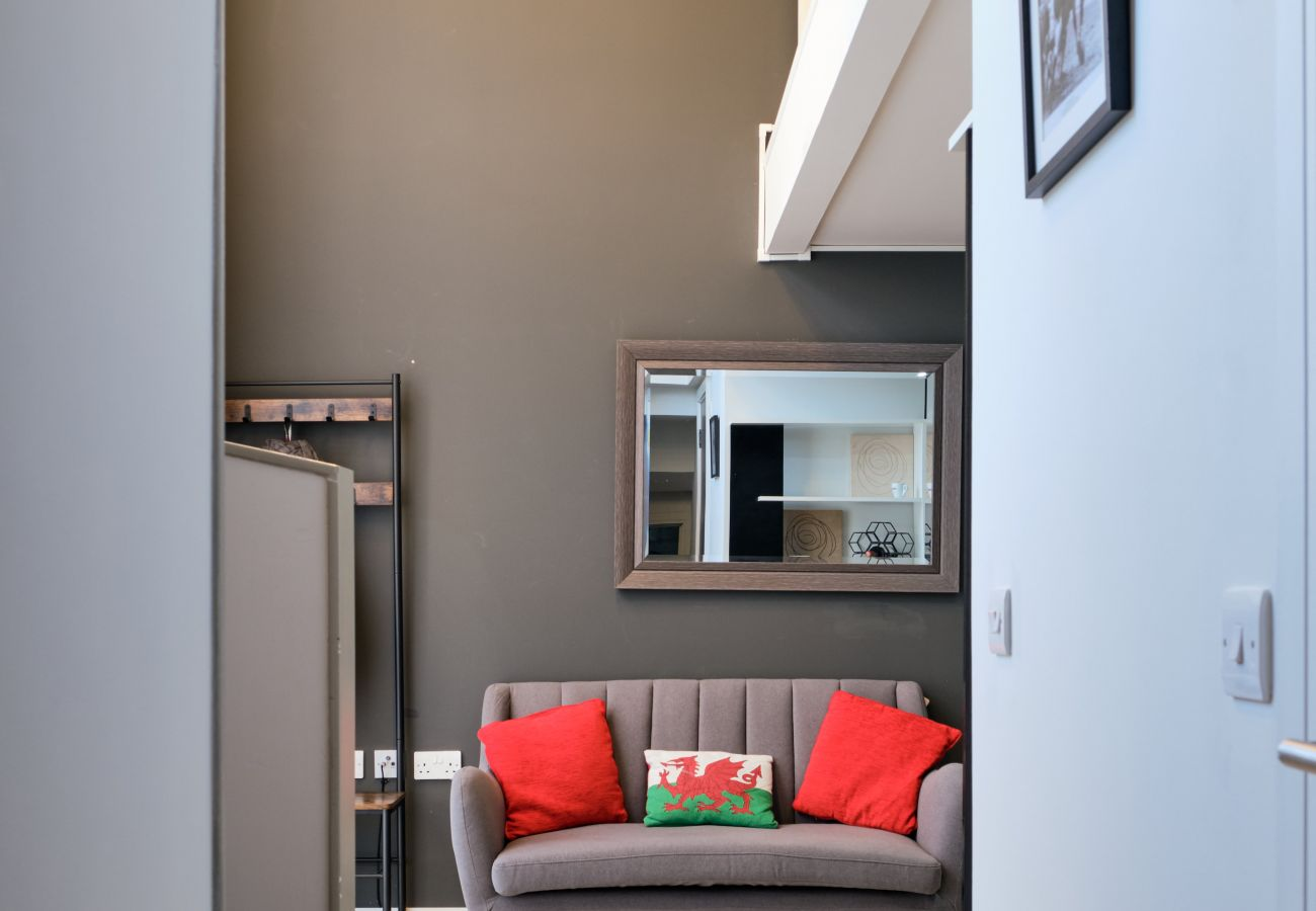 Deluxe Modern Serviced Apartment Cardiff Bay